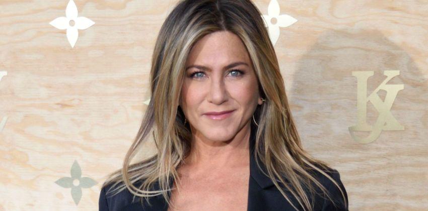 Jennifer Aniston, toujours aussi belle à 49 ans !