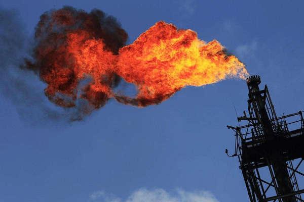 Chute du prix du pétrole sous les 30 dollars le baril
