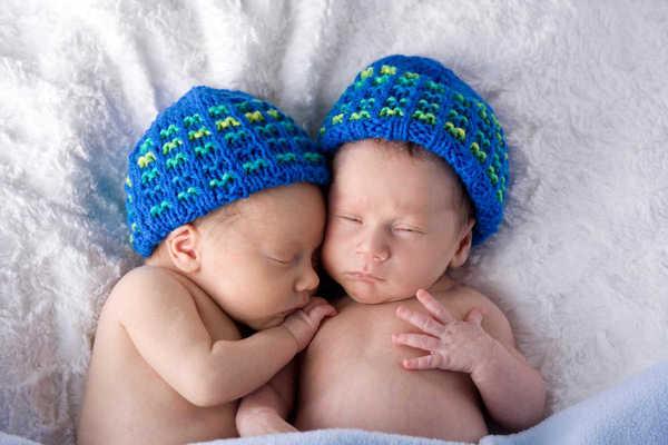 De plus en plus de jumeaux dans les pays développés